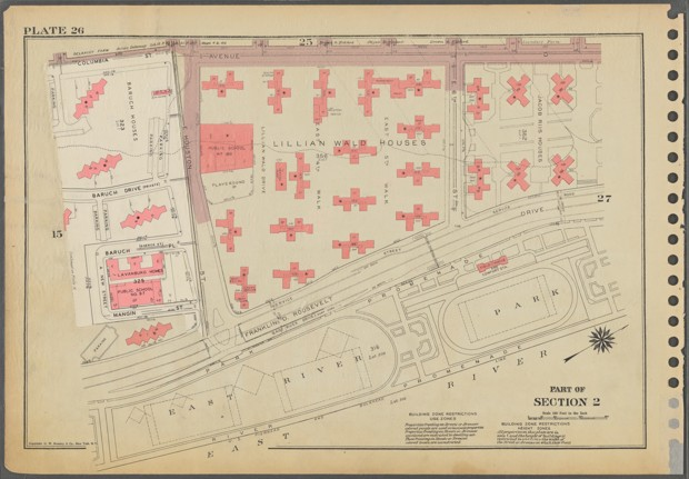 An aerial map of tower-style complexes including the Lillian Wald and Jacob Riis houses along the East River in Manhattan. (Lionel Pincus and Princess Firyal Map Division/The New York Public Library)
